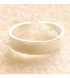 Plain Wide Toe Ring in 925 Silver
